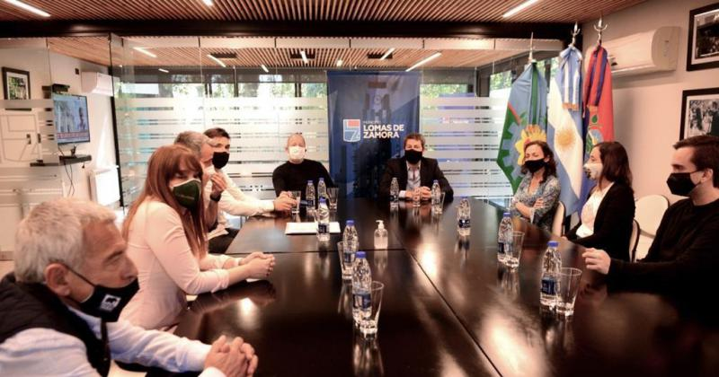 Durante una reunión con Matías Lammens