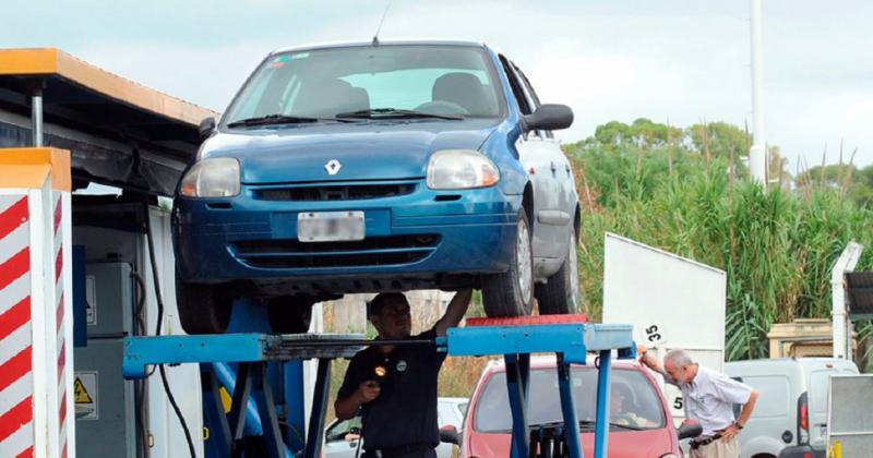 Regresa la revisión obligatoria de vehículos