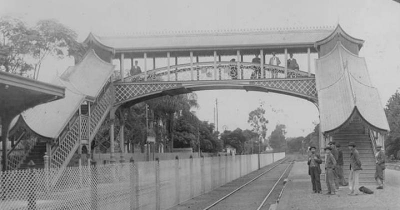 Algunos puentes contaban con una estructura muy llamativa