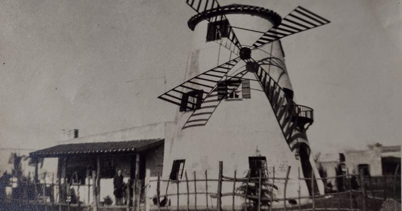 La casa en forma de molino fue idea de una pareja española
