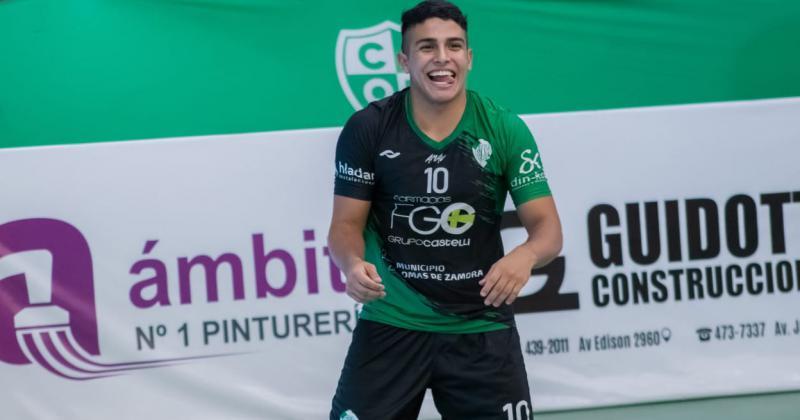 Lucas Herrera tuvo su debut en la elite del vóley argentino
