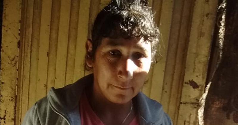 Roxana Rojas necesita de todo para ella y su familia