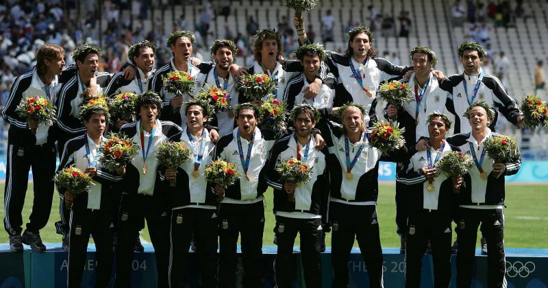 En 2004 con Clemente Argentina logró su primer oro en fútbol