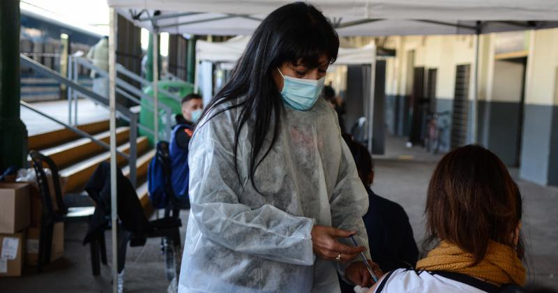 Siguen acelerando la vacunación en la ciudad